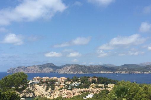 Moderne Luxusvilla mit spektakulärem Meerblick in Santa Ponsa
