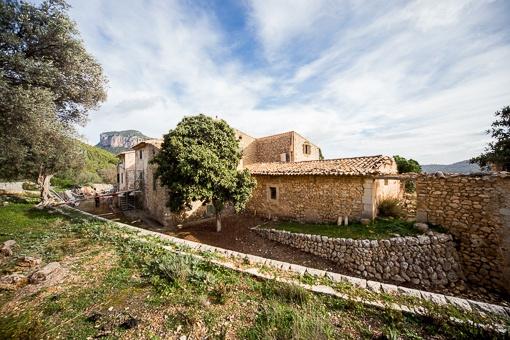 Außergewöhnliches Originales Anwesen aus dem 17 Jh. mit ca. 90 ha. Land bei Alaró