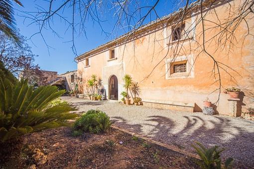 Landhaus aus dem 18. Jahrhundert mit viel Potential in Consell