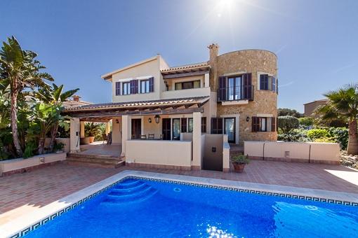 Villa mit 2 speraten Wohneinheiten in Sa Torre