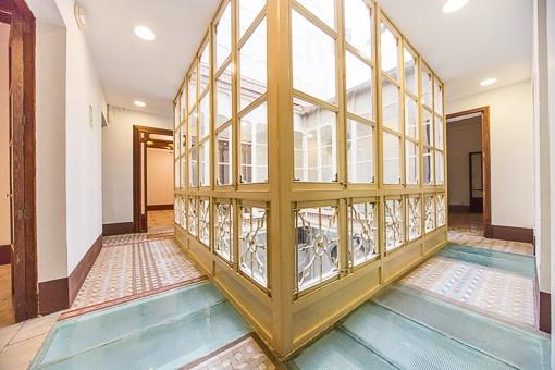 Apartment in elegantem Gebäude in der Altstadt, ideal als Wohnung und Geschäftsräume