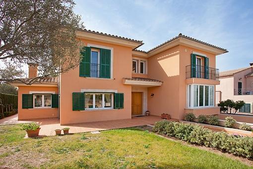 Schöne, hochwertig ausgestattete und sonnige Villa Sa Cabaneta