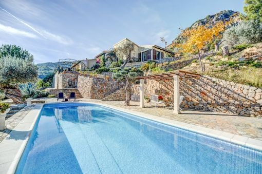 Fantastische Finca mit Olivenbäumen , Swimmingpool und einen spektakulären Blick