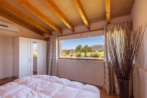 Gemütliches Schlafzimmer mit tollem Ausblick