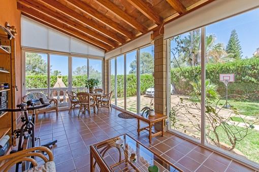 gepflegte villa am ortsrand von las palmeras zu kaufen. Black Bedroom Furniture Sets. Home Design Ideas
