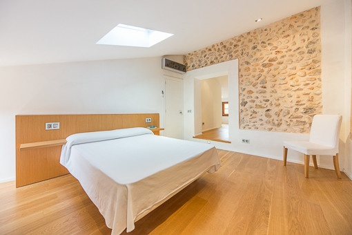 komplett renoviertes architekten dorfhaus in buger zu kaufen. Black Bedroom Furniture Sets. Home Design Ideas