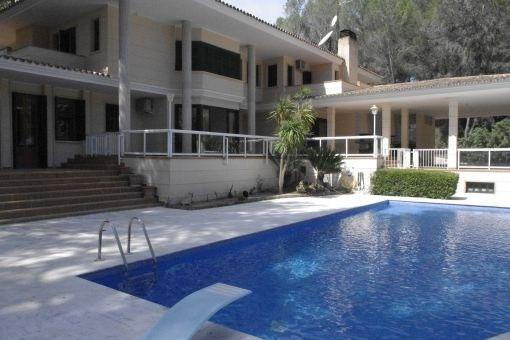 Unmöblierte, exklusive Villa direkt am Golfplatz von Son Vida