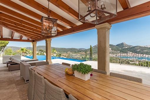 Luxusvilla mit spektakulärem Ausblick auf Puerto de Andratx