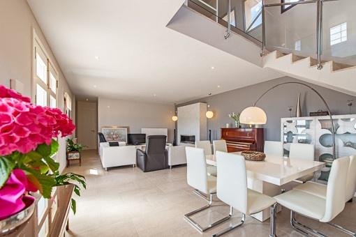 Eleganter Wohn- und Essbereich