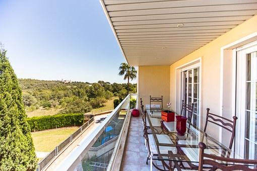 Wunderschöne Wohnung mit Blick auf das Schloss Bellver in einer ruhigen Anlage in La Bonanova