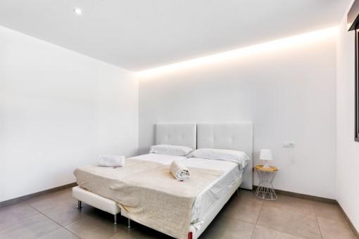Eines von fünf Schlafzimmern