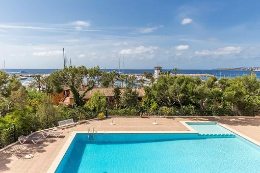 Sehr schönes Apartment am Hafen und Strand mit Meerblick