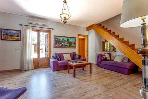 chalet mit pool und tennisplatz zu kaufen. Black Bedroom Furniture Sets. Home Design Ideas
