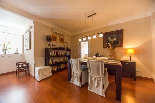 sch ne wohnung in zweiter linie des paseo mar timo mit meerblick zu kaufen. Black Bedroom Furniture Sets. Home Design Ideas