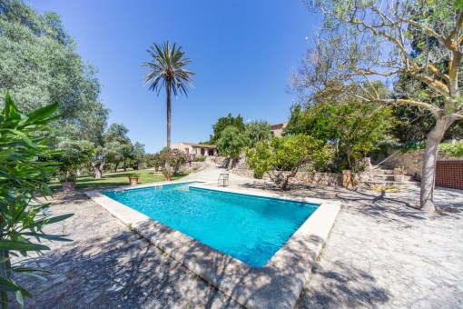 Herrschaftliches Anwesen mit beeindruckendem Panoramablick in Son Carrio