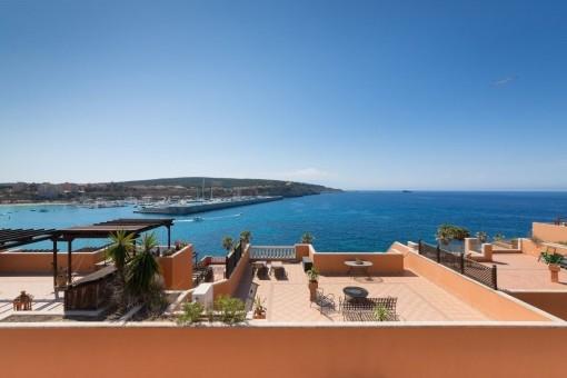 Wunderschönes Penthouse in Nova Santa Ponsa mit Blick auf Port Adriano