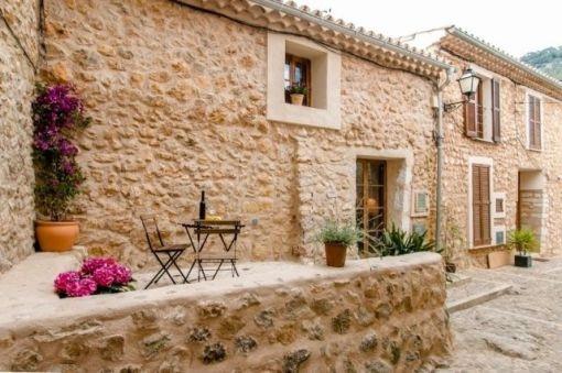 Romantisches hochwertiges Stadthaus in Alaró mit Lizenz zur Vermietung