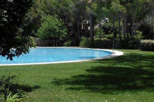Luxuriöse, neue Wohnung in Bendinat