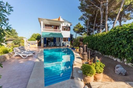 Hochwertige Villa mit Pool und Garten nahe dem Meer in Cala Ratjada