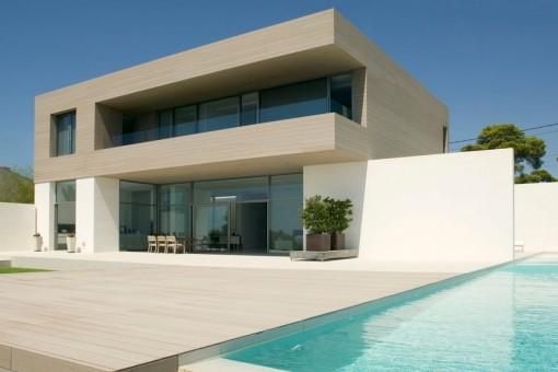 Exklusive Villa in erster Meereslinie in Cala Pi