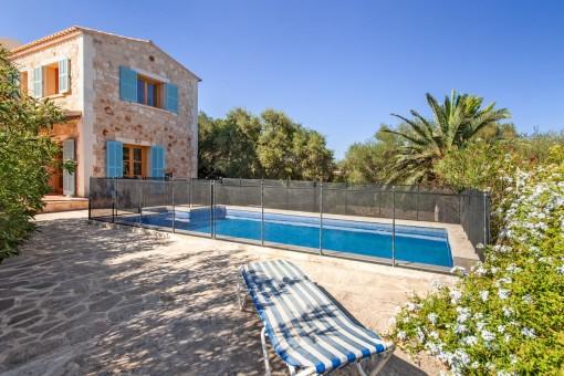 Charmante Villa mit einladendem Pool in Cala Santanyi