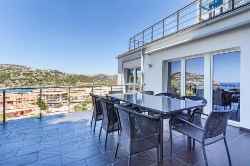 Moderne Villa mit Meerblick in Puerto de Andratx