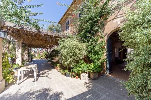Riesiges, rustikales Fincaanwesen in Palma, Coll d'en Rabassa mit über 100.000 qm Land