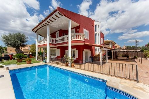 Wunderschönes Einfamilienhaus mit Pool und toller Aussicht in Sa Cabaneta