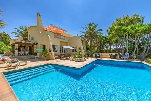 Villa mit Meerblick im ibizenkischen Stil - Sa Torre