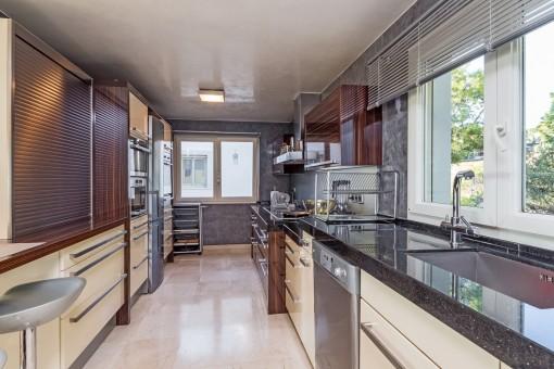 Luxuriöse, voll ausgestattete Küche