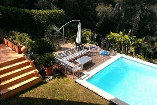 Geräumige Villa in ruhiger Umgebung und in der Nähe des Strandes in Cala Vinyas