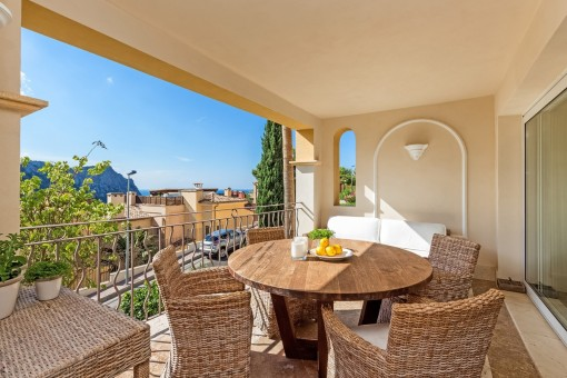 Hochwertiges Apartment mit Meerblick in exklusiver Anlage in Cala Llamp