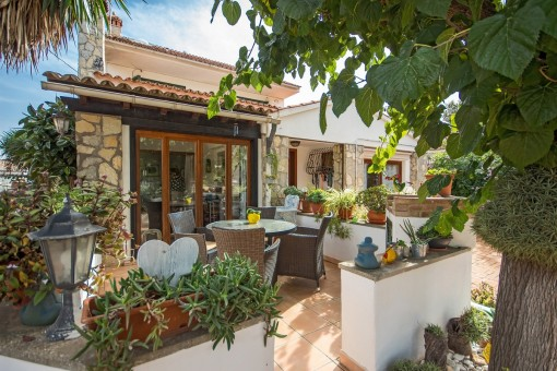 Schönes Dreifamilienhaus in El Toro