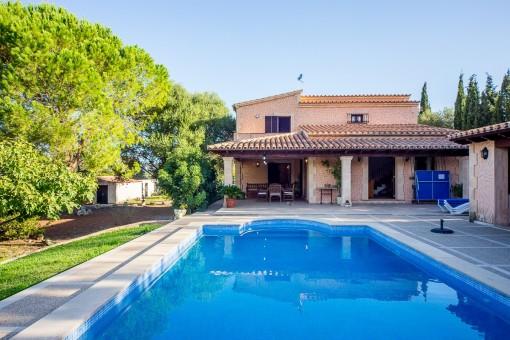 Pflegeleichte Finca mit Swimmingpool inmitten der idyllischen Umgebung von Pollença