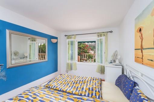 Schlafzimmer mit idyllischem Ausblick