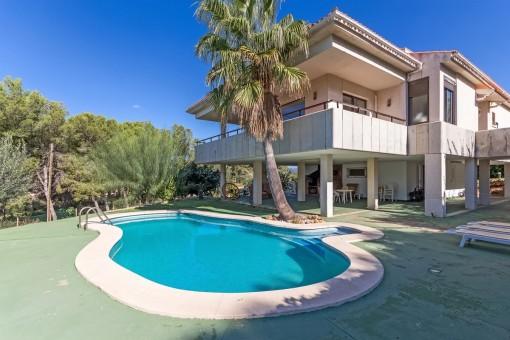 Komfortable Villa mit Teilmeerblick in einer sehr ruhigen Gegend von Nova Santa Ponsa