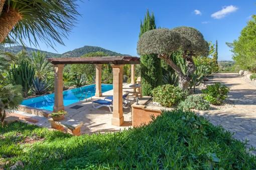 Traumhafte Finca mit fantastischem Panoramablick bei Son Macia
