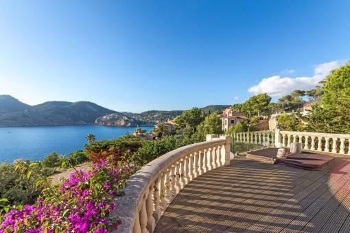 Südlich ausgerichtete Villa mit spektakulärem Meerblick in Camp de Mar