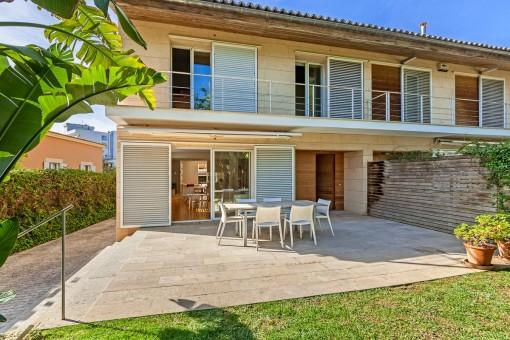 Moderne Doppelhaushälfte für höchste Ansprüche an der Playa de Palma