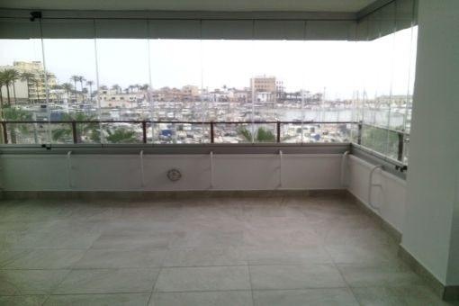 Unmöbliertes, neu renoviertes Apartment in Portixol mit traumhaftem Meerblick
