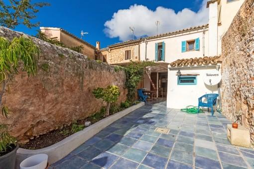 Traumhaftes Stadthaus in Alaró mit charmanter Terrasse