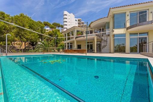 Elegante Villa mit vielen Terrassen und Meerblick in Costa de la Calma