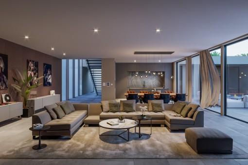 Gemütlicher Wohnbereich mit direktem Terrassenzugang