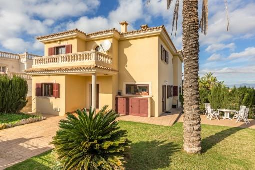 Exklusive Villa mit herrlichem Meerblick in Sa Torre