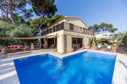Schönes Haus mit Pool an der Cala Estancia