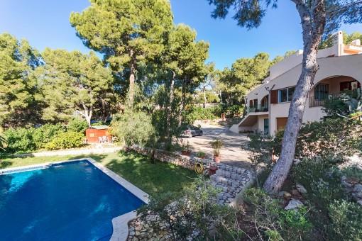 Großes Einfamilienhaus auf einem Doppelgrundstück mit separatem Gäste-Studio in Costa de la Calma