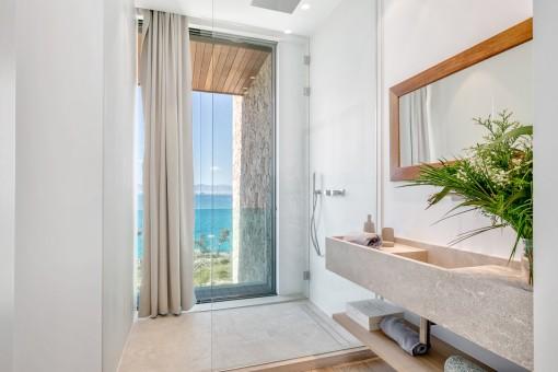 Die exklusive Villa hat 6 Badezimmer