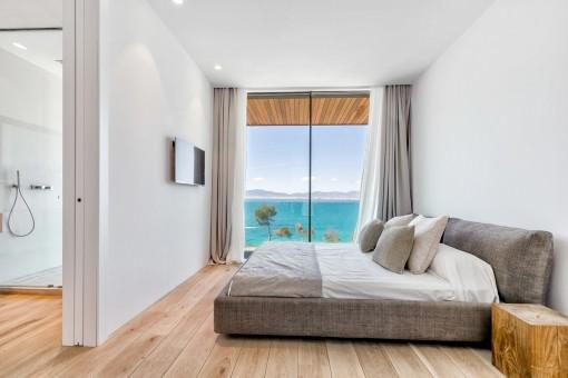 Sehr komfortables Schlafzimmer mit Badezimmer en Suite