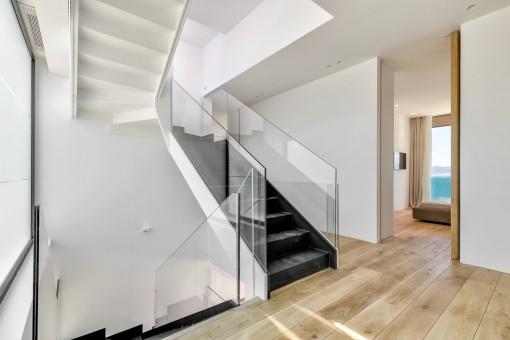 Die Villa hat eine Wohnfläche von 600 qm