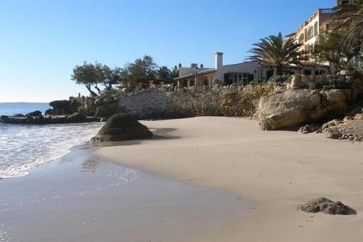 Traumhafter Strand ganz in der Nähe des Apartments